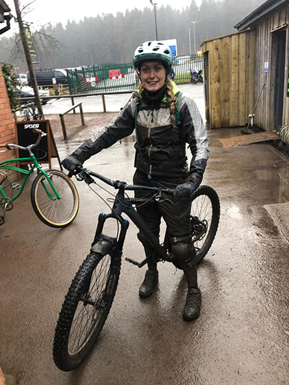 Year of wellbeing blogger danielle on her bike